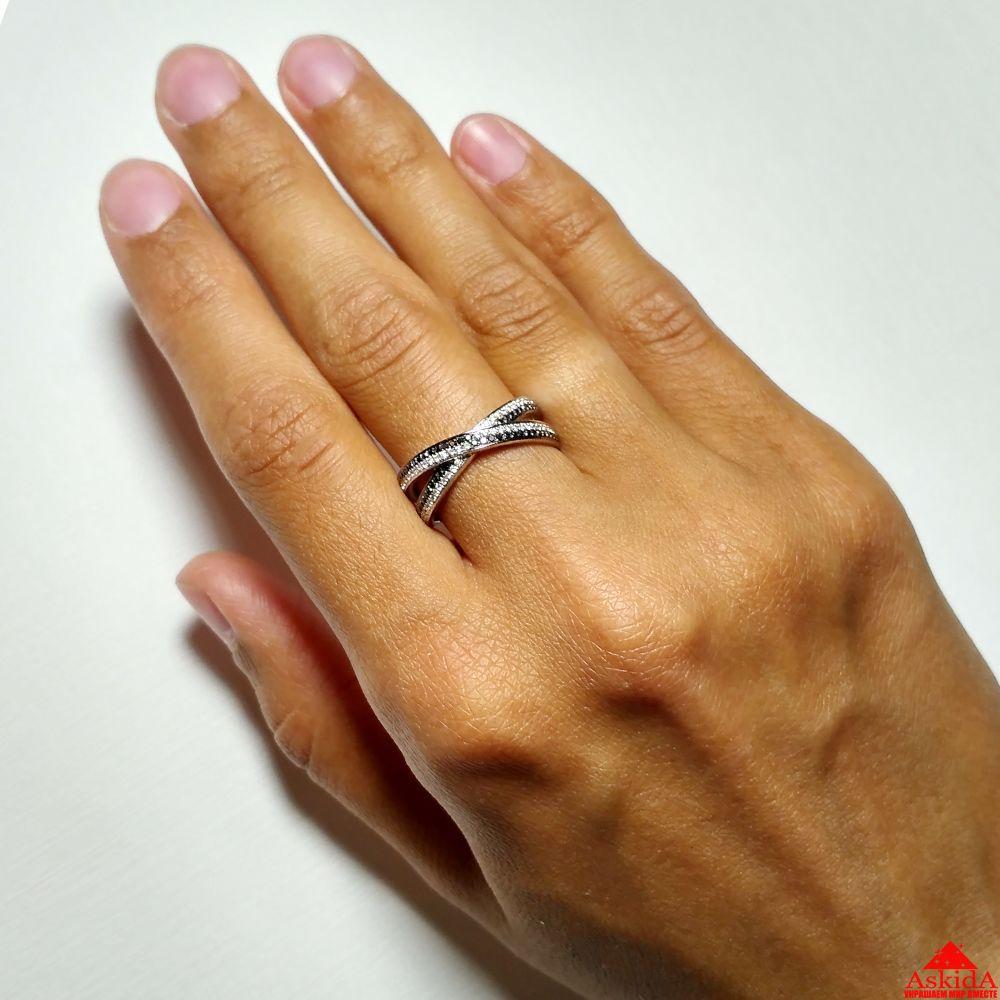 46d71cd69710 Кольцо с черными и белыми бриллиантами - 99357363   АскидА   Купить ...