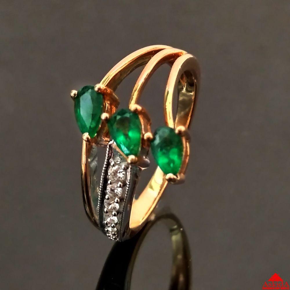 Золотое кольцо с изумрудами и бриллиантами - 800000060   АскидА ... f154499c989